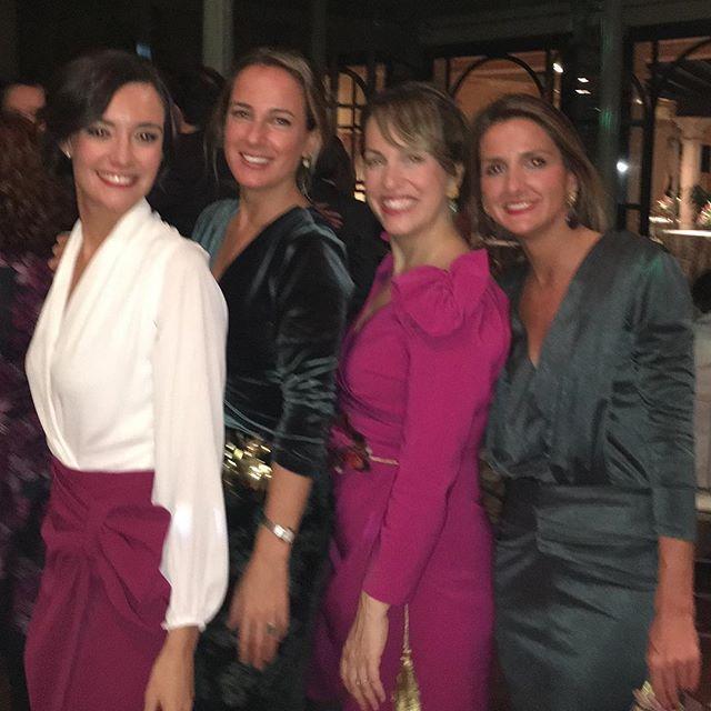 Moosy @moosy_moda Bodas en invierno con invitadas de Moosy así de guapas en C