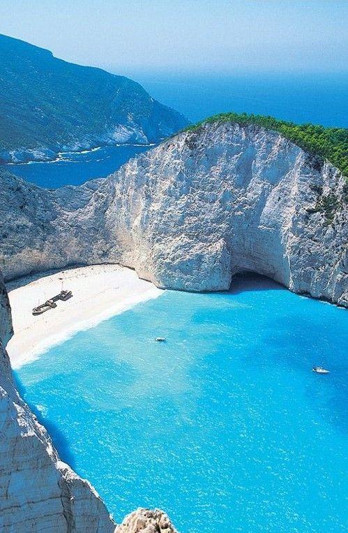 Zakynthos, Grecia. Wow nunca había visto esto antes, pero parece que el lugar que soñé! Literalmente soñé que estaba en un lugar como este: