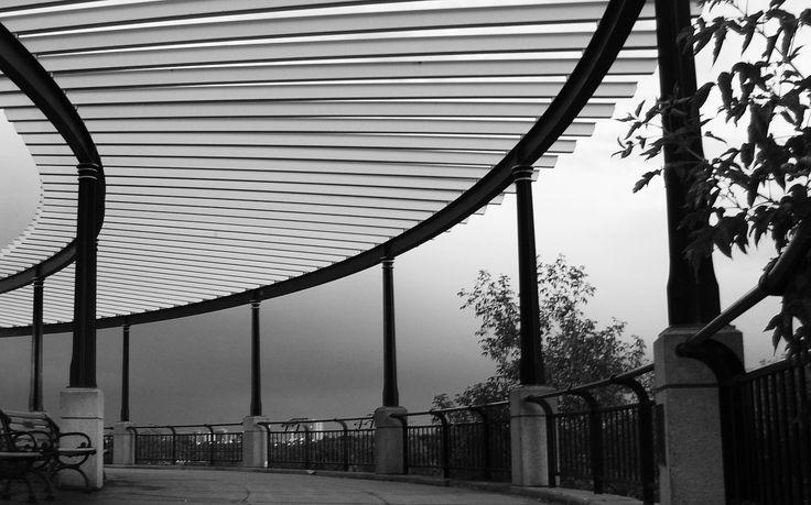 Victoria promenade by Razvan Theodor Ghiteanu on 500px