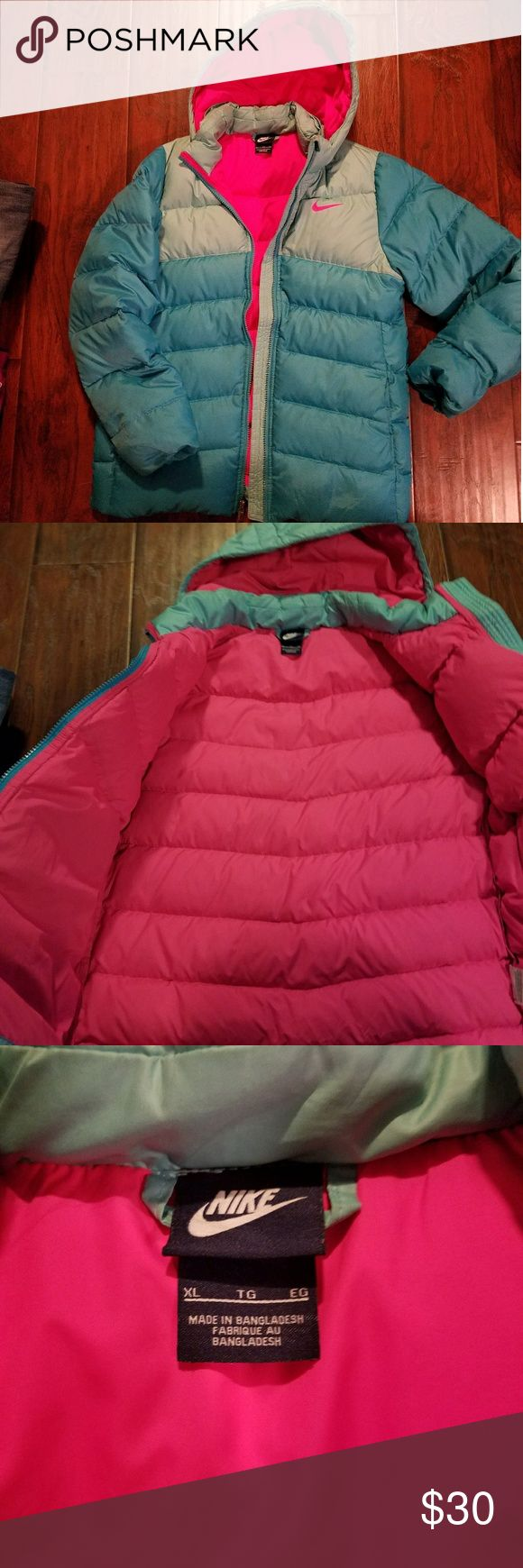 Nike girls puffer coat-Great condition Girls Nike Coat size XL Nike Jackets & Coats Puffers