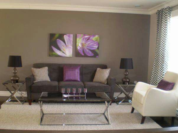 22 best salas peque as images on pinterest living room for Purple black and silver living room ideas