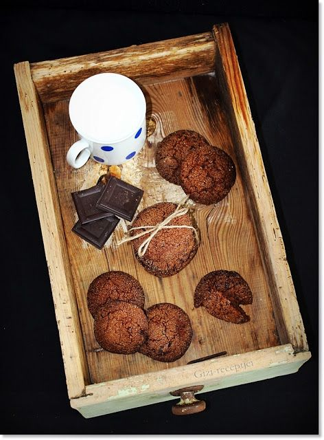 Gizi-receptjei. Várok mindenkit.: Gyömbéres-csokoládés keksz.