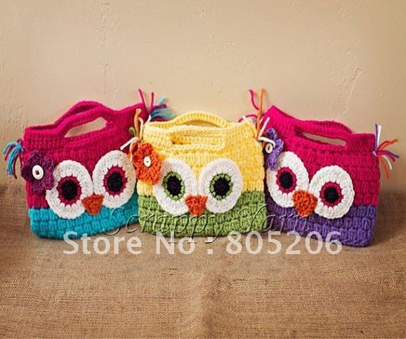 Crochet owl bag for little girl  Gracious sakes, this makes me want to learn how to crochet/knit! :)