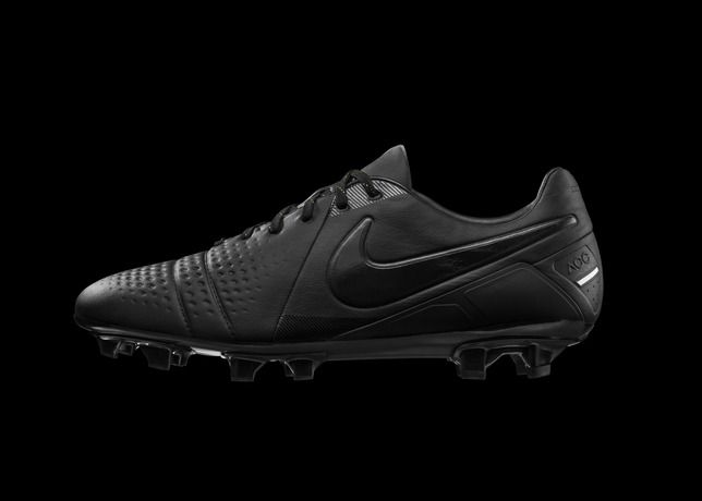 nike football soccer cleats black nike football trainers
