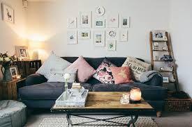 Scandinavian living room. http://www.facebook.com/kenisa.home