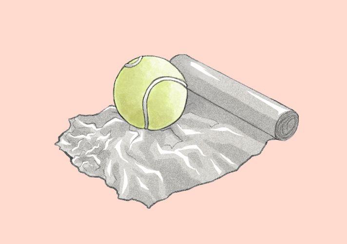 Tennisball mit Alufolie in Trockner