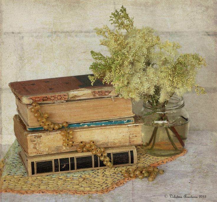 Старая открытка книги ветхость время старость вечность цветы