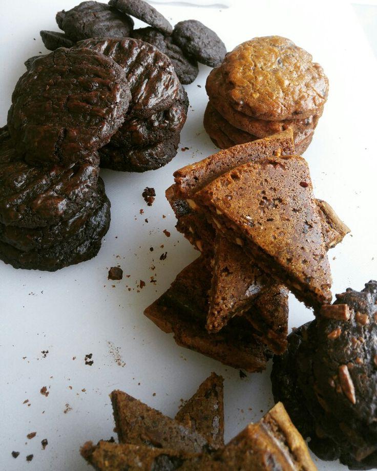 Cookies - Tripple Chocolate cokkies & Blondies cookies