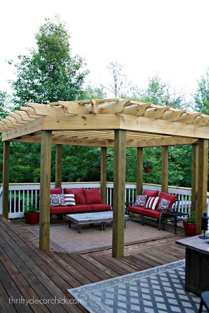 Thrifty Decor Chick: The Pergola is Done!