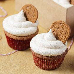 Biscoff cupcakes topped with Biscoff buttercream. I would exchange the ...