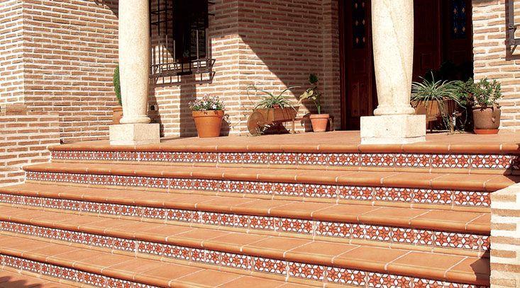 Escalera gresmanc cer mica para exteriores y patios - Ceramica para exteriores ...