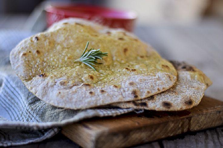 Pane indiano: la ricetta per preparare il chapati, tipico della cucina indiana e ormai diffuso in quasi tutta la cucina dell'Asia meridionale.