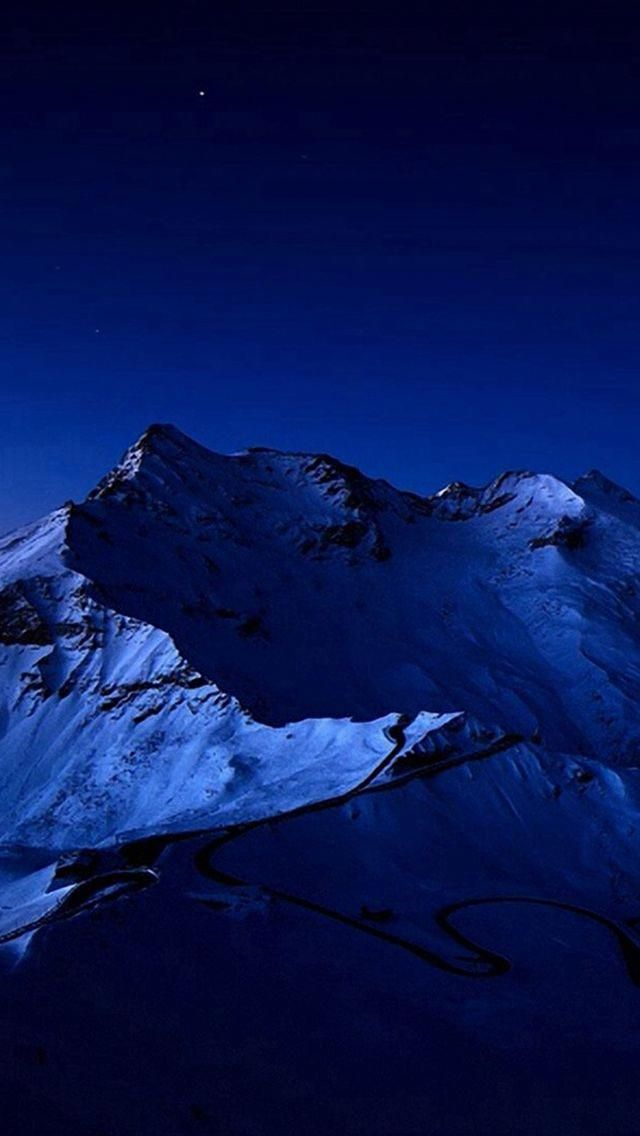 Night Sky Over Snow Mountain Peak #iPhone #5s #wallpaper #wallpapermuralssports
