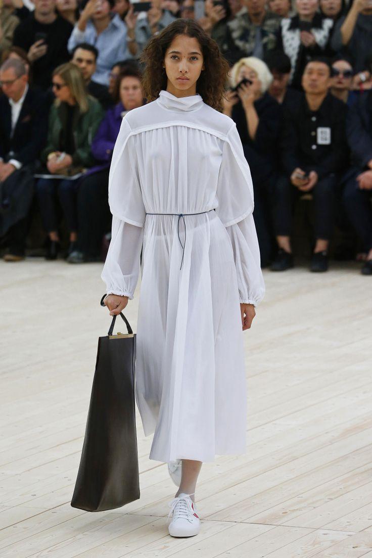 Céline | Ready-to-Wear Spring 2017 | Look 22