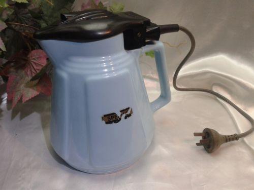 Ceramic & Bakelite electric kettle by Speedie of Australia, c. 1940