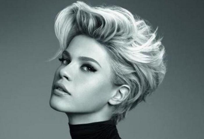 Pelo corto también en invierno - http://www.efeblog.com/pelo-corto-tambien-en-invierno-16759/  #Belleza, #Cabello