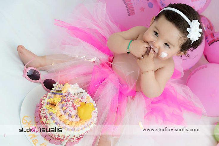 Smash the cake! Fotografie professionali per bambini. Happy birthday! #fotografo #compleanno #idearegalo #torta