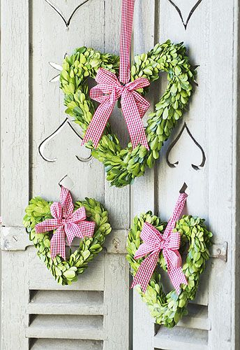 <3 Valentine Wreath