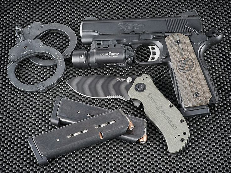 Nighthawk Customs 1911 - http://www.rgrips.com/en/article/91-browning-2000 Find our speedloader now! http://www.amazon.com/shops/raeind