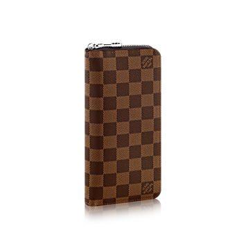 ハイブランドの革財布。ルイ・ヴィトンのダミエがかっこいい!