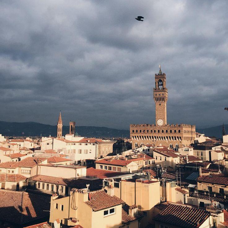 In volo sui tetti di #Firenze   Hotel Torre Guelfa