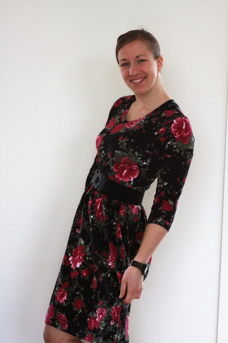 Out & About dress - Sew Caroline