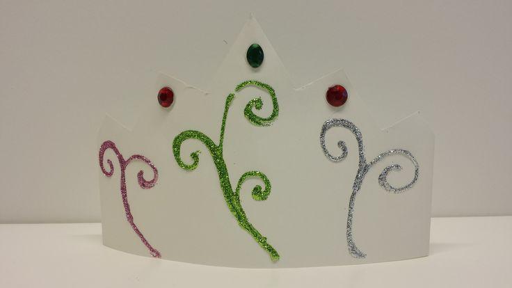 Pihlan kruunu. askartelu | kädentaidot | paperi | lasten | lapset | helppo | askarrellaan | kids | children | easy | crafts | Pikku Kakkonen