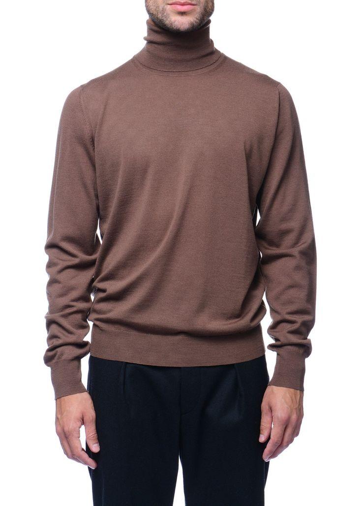 Federico Curradi - FW16- Menswear // Tan turtleneck sweater in wool