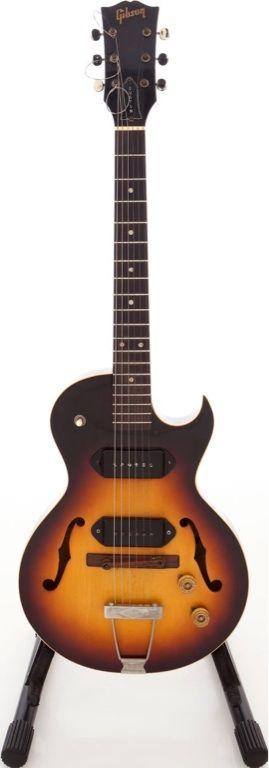 Circa 1951 Gibson ES-140TD 3/4 Sunburst Semi-Hollow Body Electric Guitar. Interesting....not often seen.