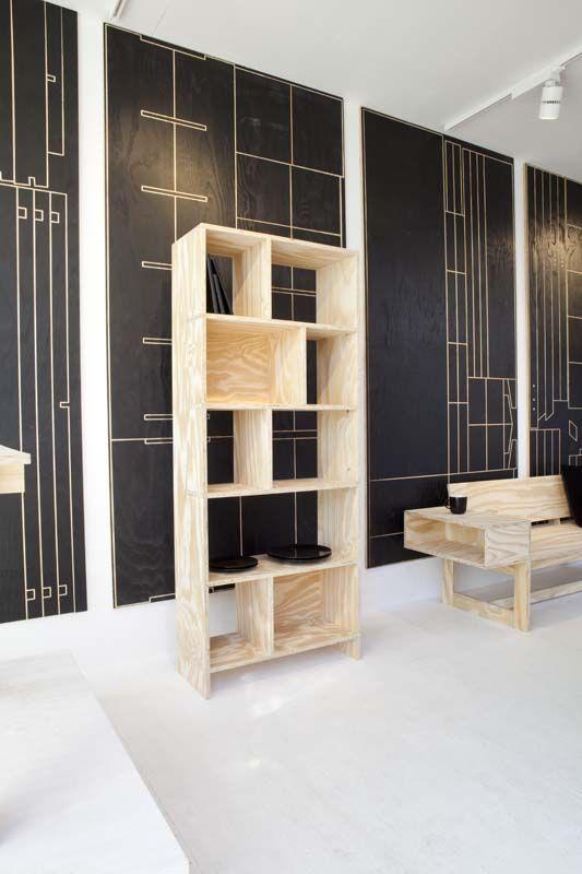 KARWEI   Goed idee nummer 2 om zelf te maken van underlayment: boekenkast.  #DDW14 #karwei #diy