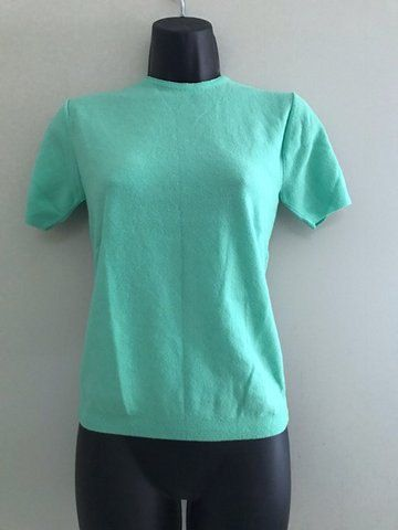 Vintage Mint Green Short Sleeved Sweater / Vintage 1970s Montgomery Ward Light Weight Sweater / Short Sleeve Blouse Size Medium by VintageBaublesnBits on Etsy