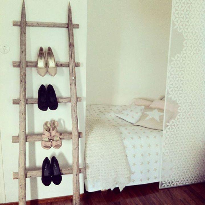 Haypole ladder for heels