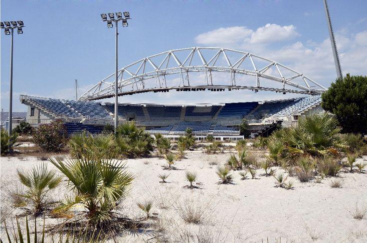 Stadio di beach volley, Atene 2004. Cosa resta dopo i Giochi: i complessi olimpici dimenticati