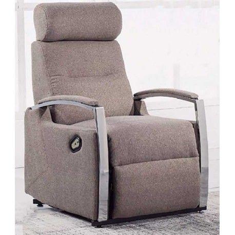 Además de ser elegante este Sillón Relax es perfecto para personas convalecientes o de poca movilidad como personas mayores, es un sillón muy cómodo con mecanismo elevable. Está disponible en tres colores: moka, ceniza y marengo. Bonitos reposabrazos cromados.
