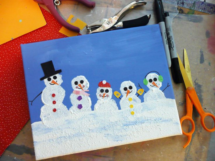 that artist woman: Family Snowman Portraits