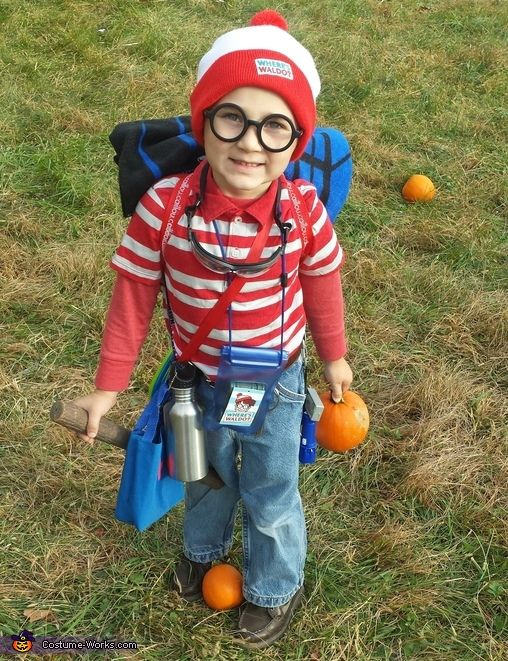Best 25 wheres waldo costume ideas on pinterest waldo costume wheres waldo halloween costume contest at costume works solutioingenieria Image collections