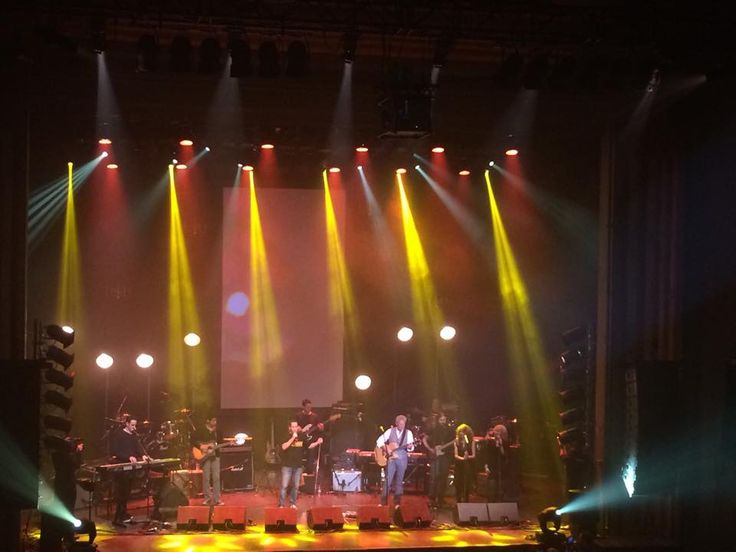 "Battle of the bands! MyEvent.com band ""New Kids on the Ward"" performed last night with Don Felder! — at Le Métropolis de Montréal. #fundraising #charityevent #myeventmoments"