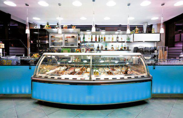 Bar gelateria la rocca termini imerese palermo for Arredamento bar palermo