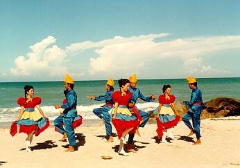 campa dance on parai beach