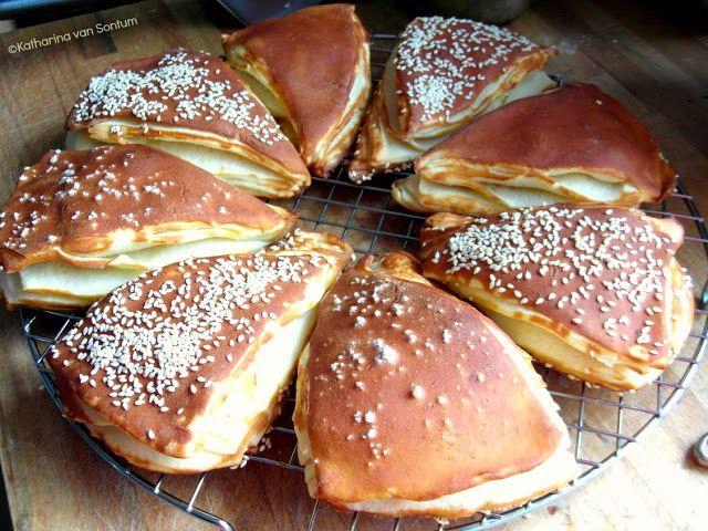 ich hab da mal was ausprobiert: blättrige Laugenecken selbst gebacken