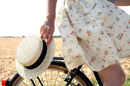 ]Cherries Blossoms, Spring Dresses, Summer Day, Girls Generation, Vintage Wardrobe, Straws Hats, Vintage Bicycles, Bikes Riding, Happy Weekend