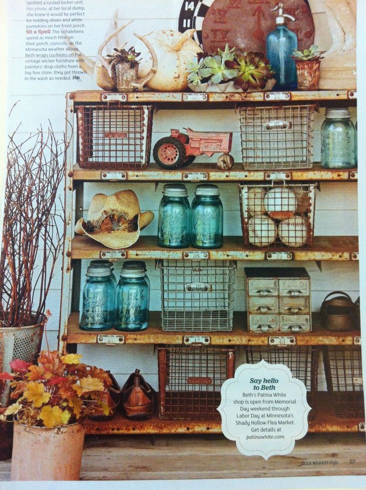 Flea Market Style Bookshelf + Built-In Shelf Styling using vintage school gym baskets and mason jars