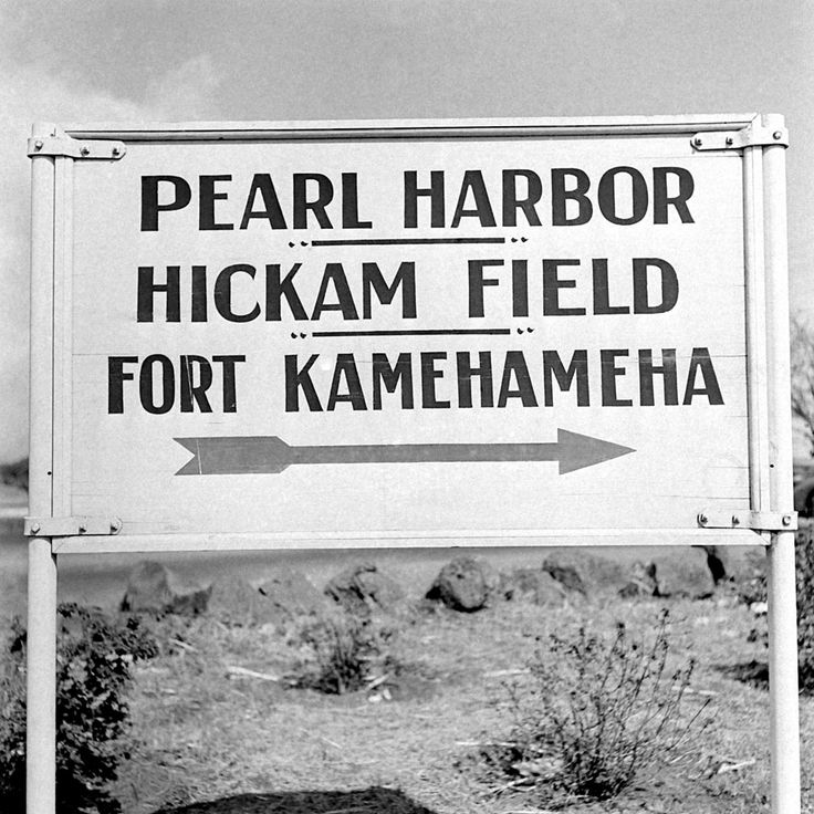 After Pearl Harbor: Rare Photos From the American Home Front | LIFE.com - A sign points the way to Pearl Harbor on December 15, 1941, a week after the attack.