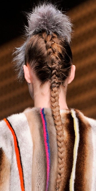 I love the simplicity of this inside out french braid