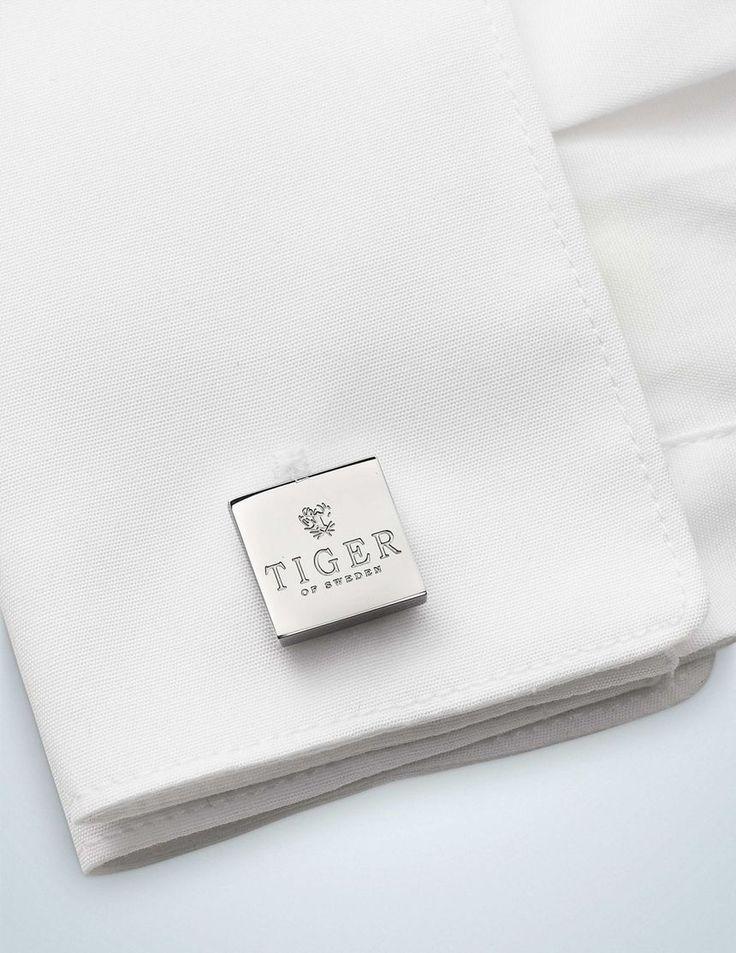 FRANSCESCO cufflinks-Men's square-shaped cufflinks. Embossed with Tiger of Sweden logo.