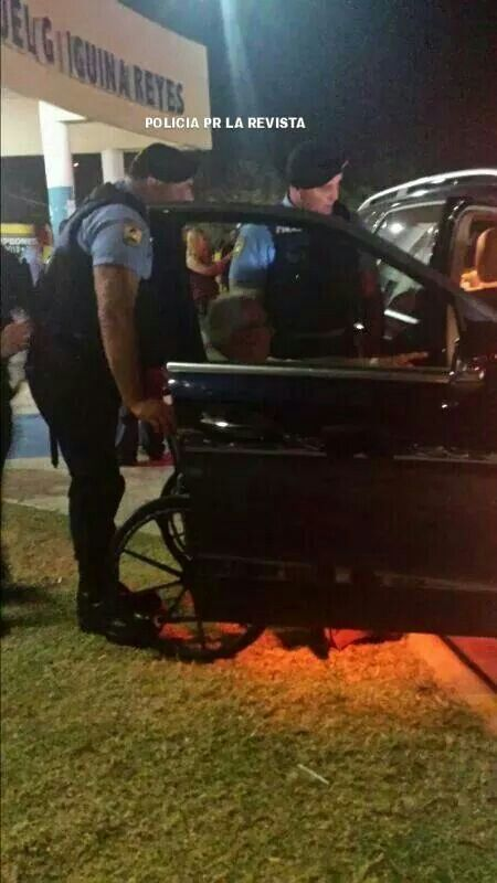 Police Officer in Puerto Rico / Policia Puerto Rico