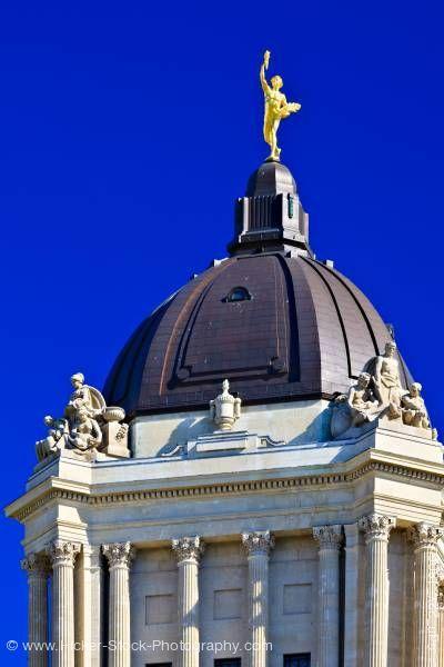 The Golden Boy Manitoba on top of the Manitoba Legislative Building Dome in the city of Winnipeg, Manitoba, Canada.🍁