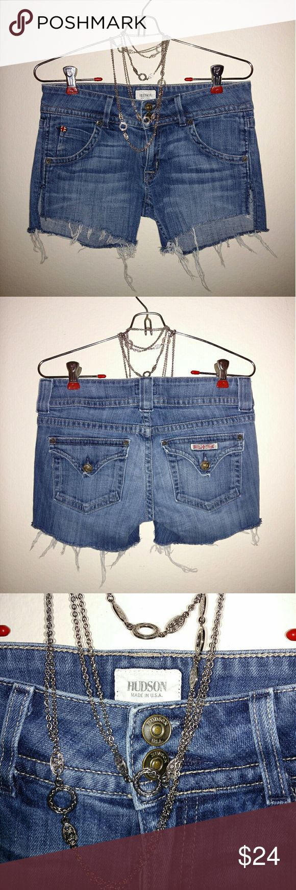 Hudson Jean Shorts 27 Hudson Jean Shorts ~ Size 27 (IMO they fit like a 25/26). Great condition & perfect for Summer!  Bundle to save 10% ~ Feel free to send offers! Hudson Jeans Shorts Jean Shorts