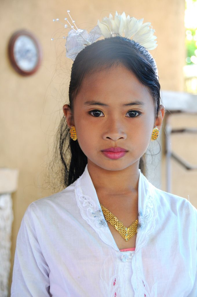 Beautiful girl on Nusa Lembongan, Bali