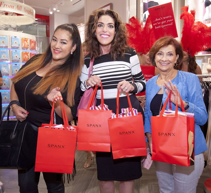 Spanx fans enjoying Sin City's first Spanx store with a Jiggle-Free Jubilee! #SpanxOpens #Vegas